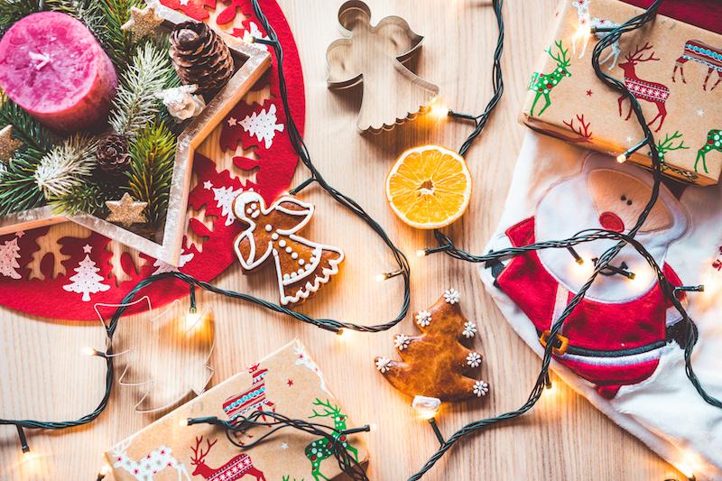 Как быстро убрать квартиру после новогодней вечеринки